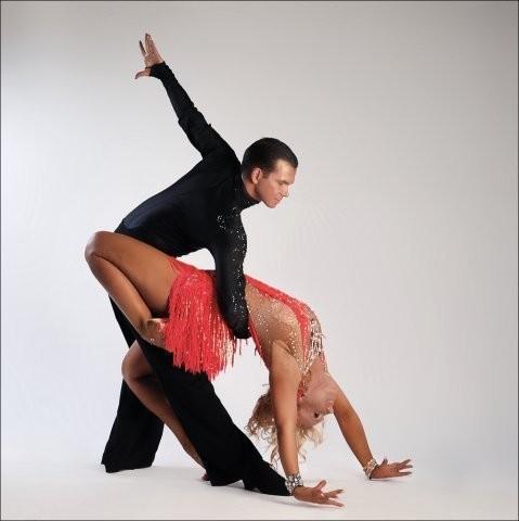 Где учиться танцевать латиноамериканские танцы в Нижнем Новгороде ?