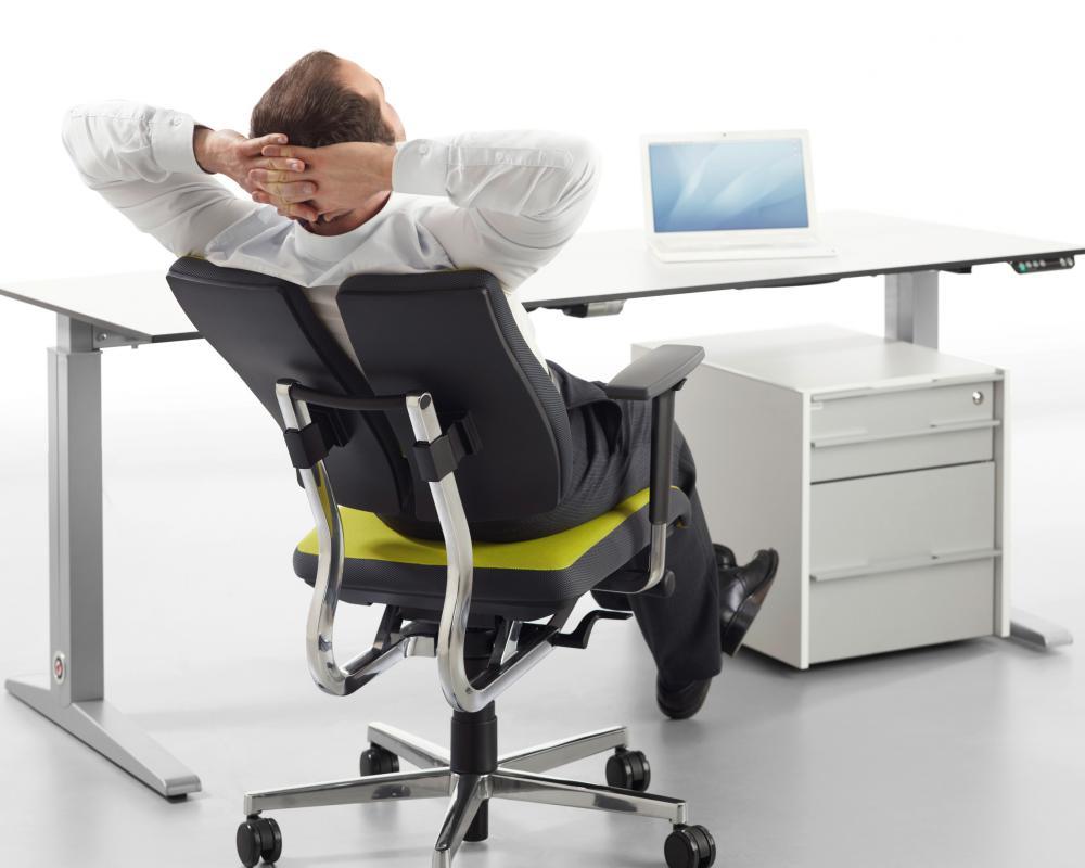 Где купить компьютерное кресло в Казани?