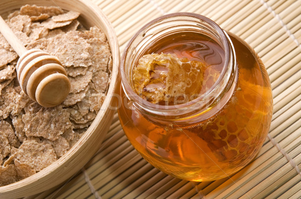 Где можно купить свежий мед и прополис в Самаре?
