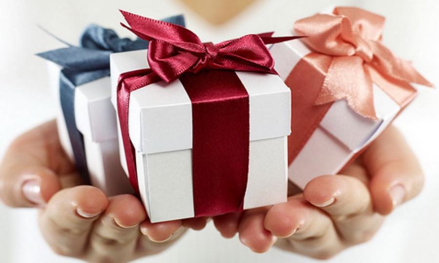 Где оказывают услуги по доставке подарков по Саратову?