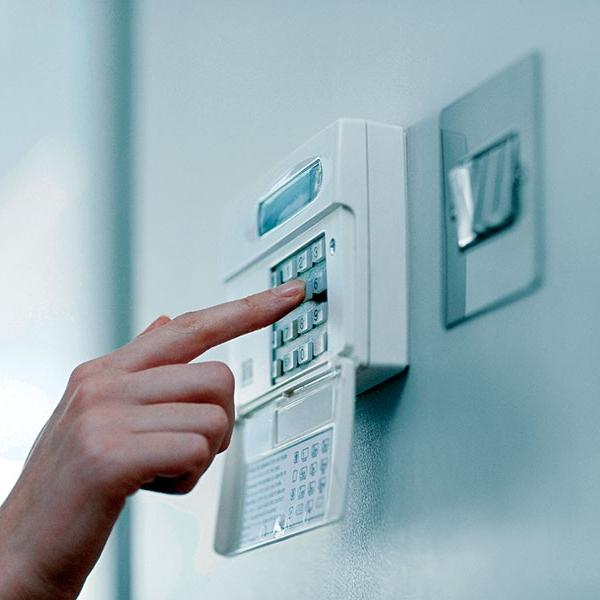 Как установить сигнализацию в квартиру в Саратове?